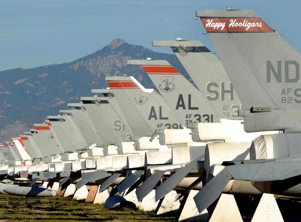 boneyard arizona airplanes_AIRFORCE_0.JPG