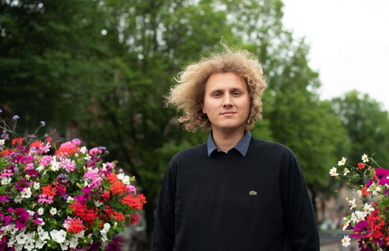 Science editor trainee Davide Zanon shares his experience of what comes next after graduating from TU Delft and the challenge of finding meaning in our fast-paced society.