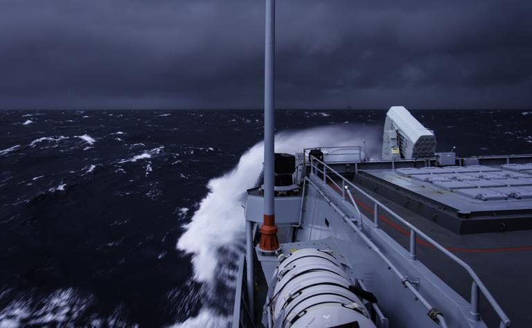 Artic shipping conditions (Photo: Foto: German Navy Photographer Alyssa Bier)