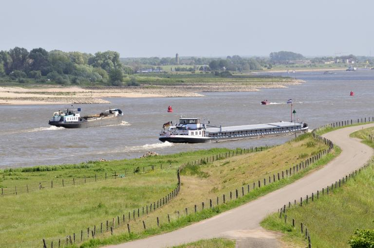 Low water levels do not discourage Professor Rudy Negenborn. To the contrary, they underline the need for his NOVIMOVE inland navigation research programme.